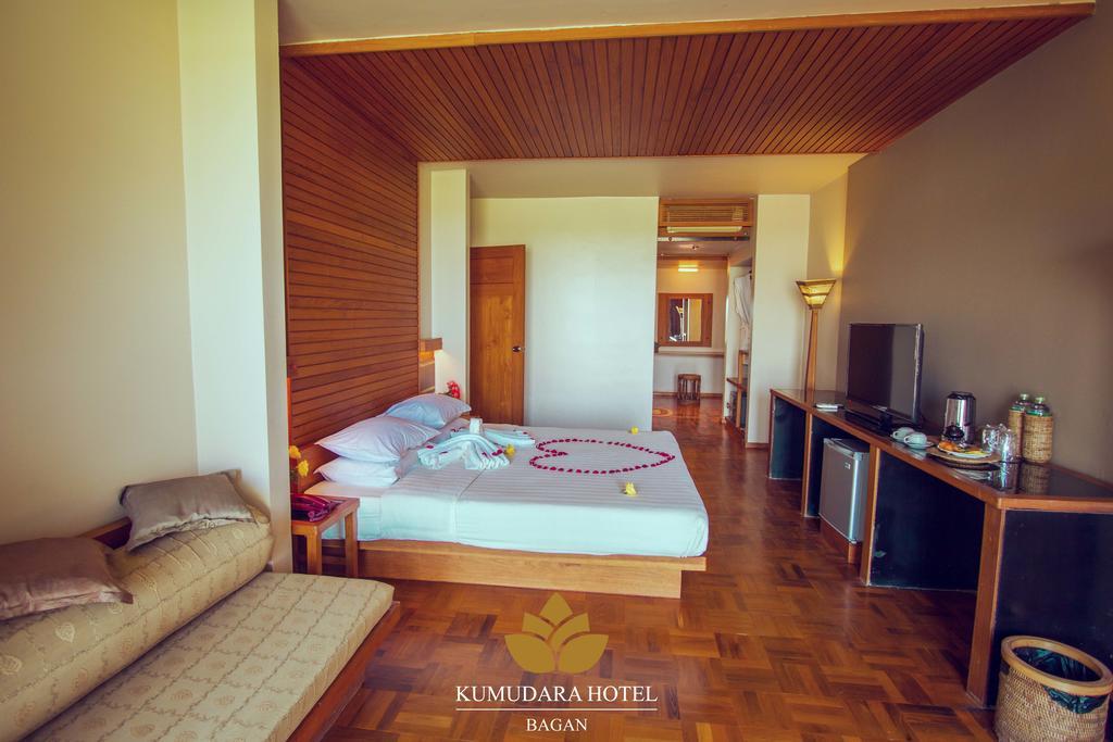 bf78c-kumudara-hotel-room-6.jpg
