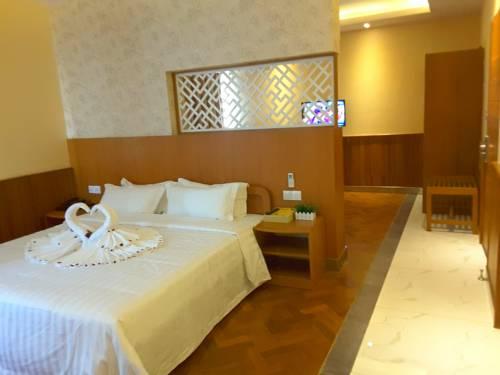 c3204-unity-hotel-room3.jpg