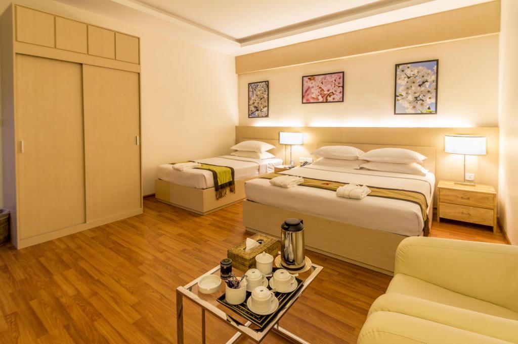 c8f5d-bagan-airport-hotel-room-3.jpg