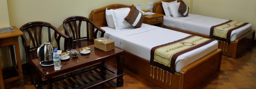 cdbe9-hotel-queen-room-3.jpg