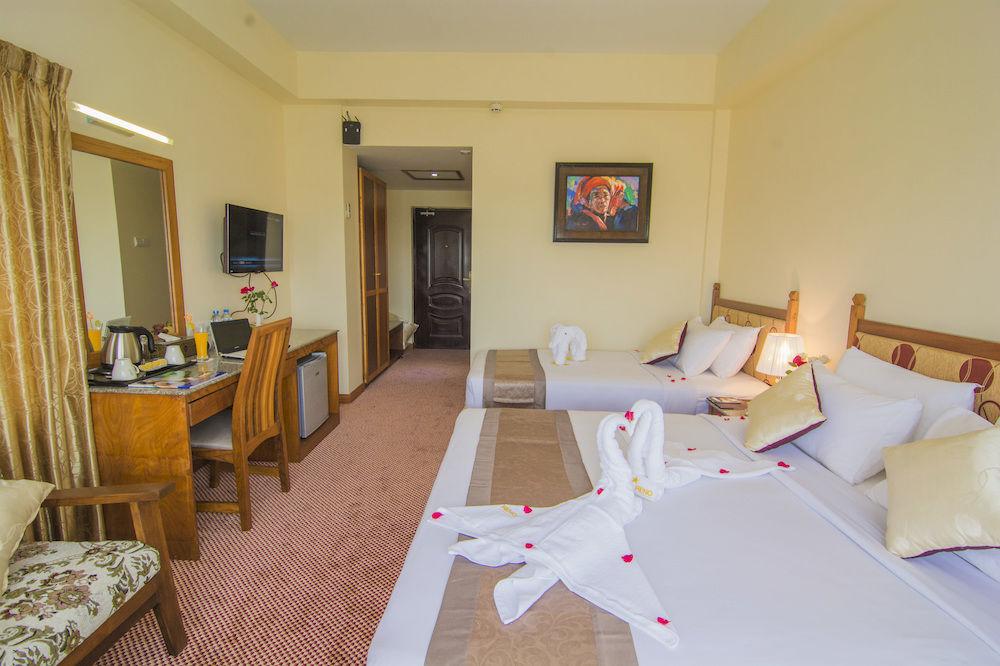 cdd01-Reno-Hotel-Triple-Room.jpg