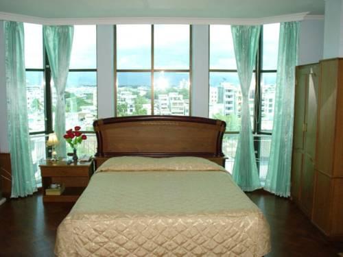 ddf44-sein-sein-hotel-mdl-room-3.jpg
