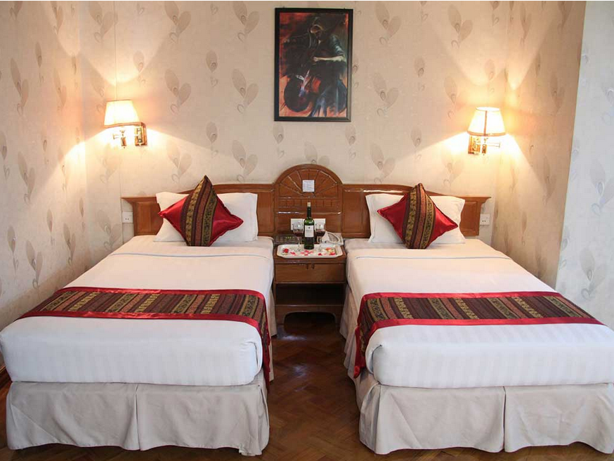 ded17-Excel-Treasure-Hotel--room-3.png