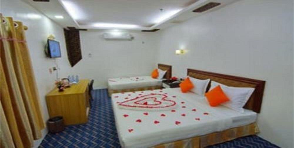 e0583-perfect-hotel-mdl-room-2.jpg