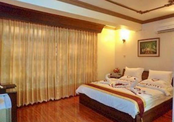 e262f-hotel-sahara-mdl-room-3.jpg