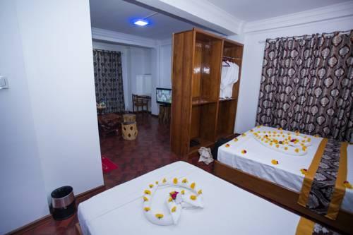 e98e9-Hotel-Ye-Myanmar-Twin--02.jpg