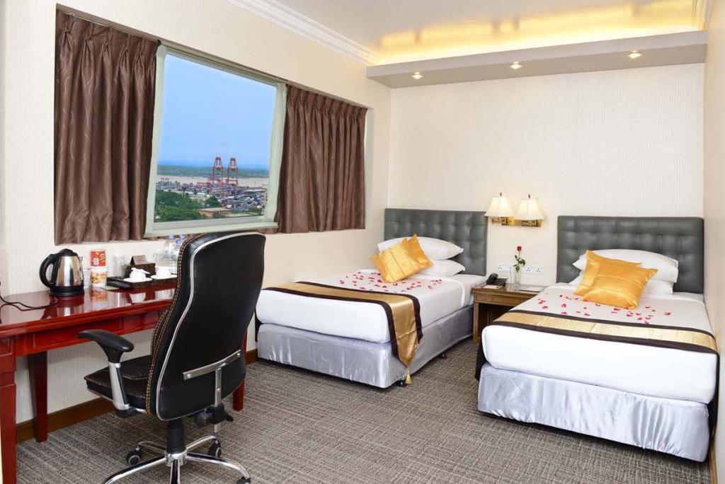 eefc1-grand-United-Single-Room.jpg
