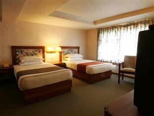 f3c20-Alfa-Hotel-Twin-room4.jpg